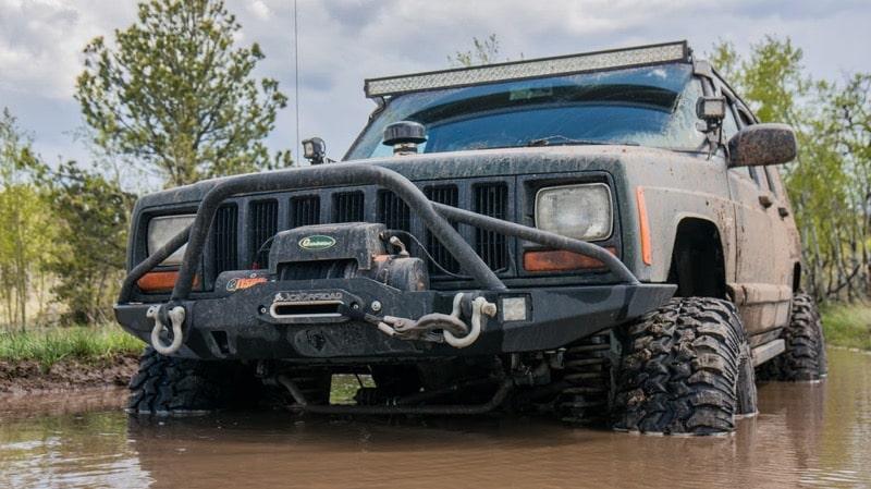 Jeep Cherokee - Winch