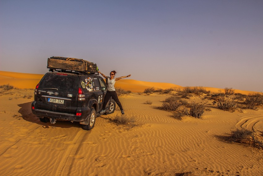 Overlanding in the Sahara Desert